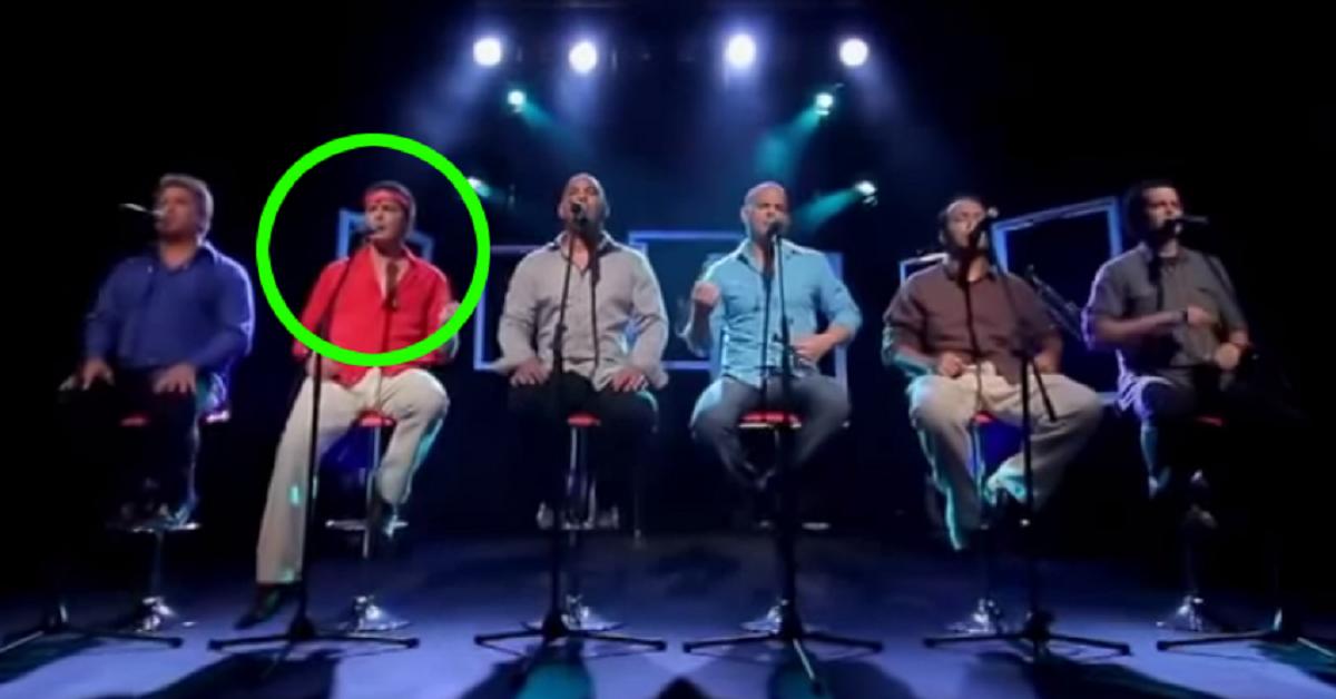 seis-homens-cantam